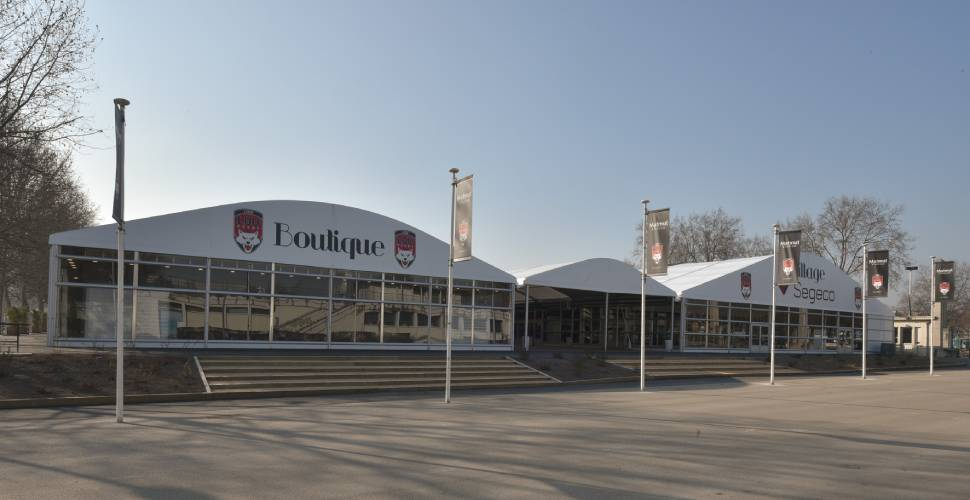 Installation boutique au stade Gerland - LOU rugby