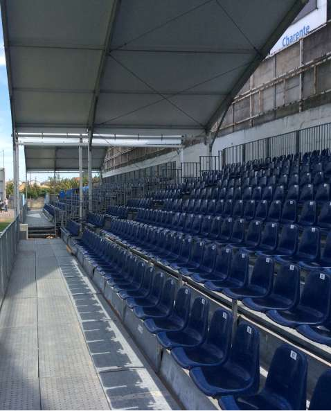 Chanzy stadium - installation of three semi-permanent covered stands